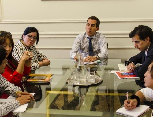 Directorio de Santa Lucía se reúne con Alcalde de Santiago